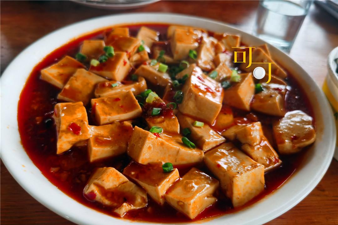 绍兴柯桥古镇焕然一新,两个人2个菜37元,旅行路上最便宜的午餐
