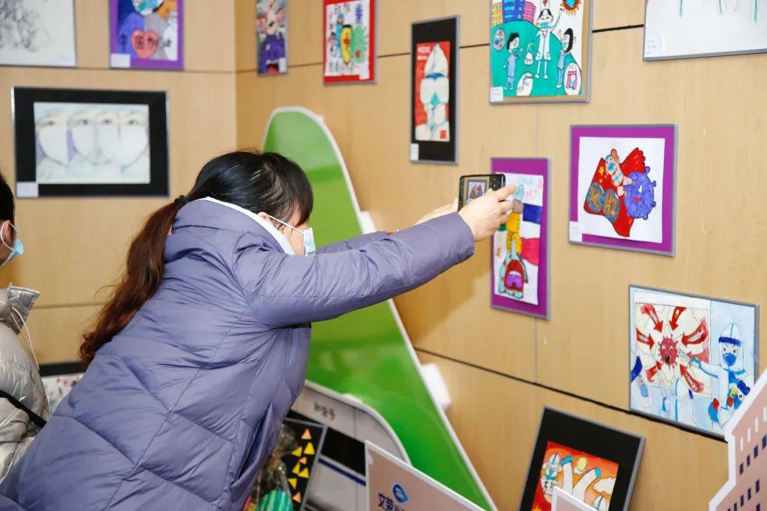 横店文荣医院首办新年画展,迎来新年第一个医院开放日