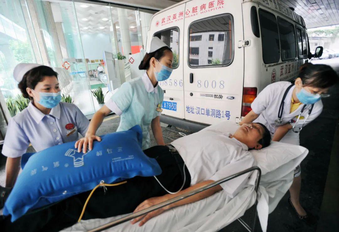 年轻人患心梗,为什么比中老年人更危险?