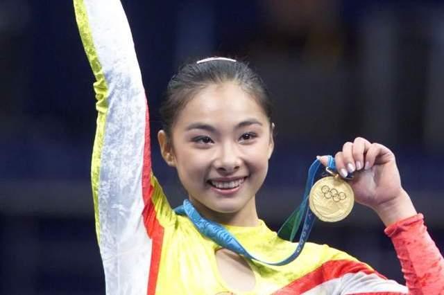 2000年奥运夺金,2001年退役,20年来,刘璇经历了什么?