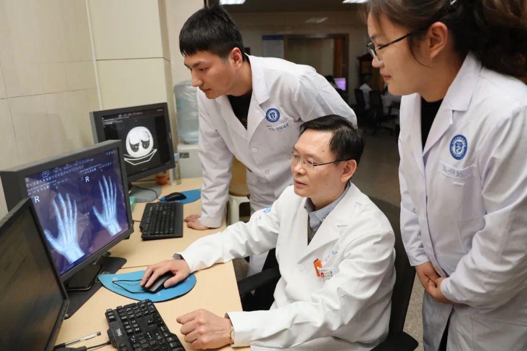 滨州医学院附属医院(第一临床医学院)2020 年度突出贡献奖个人事迹展播——姜兴岳