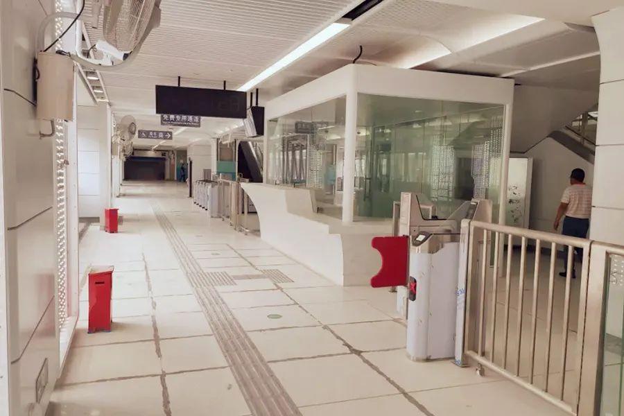 红花山站出入口分布示意图