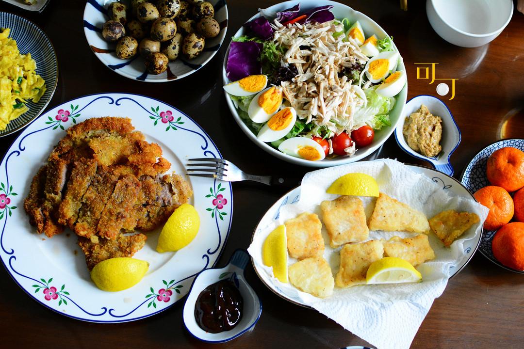 晒晒我家午餐,五个菜有鱼有肉有蛋还有蔬菜都全了,你看还成吗?
