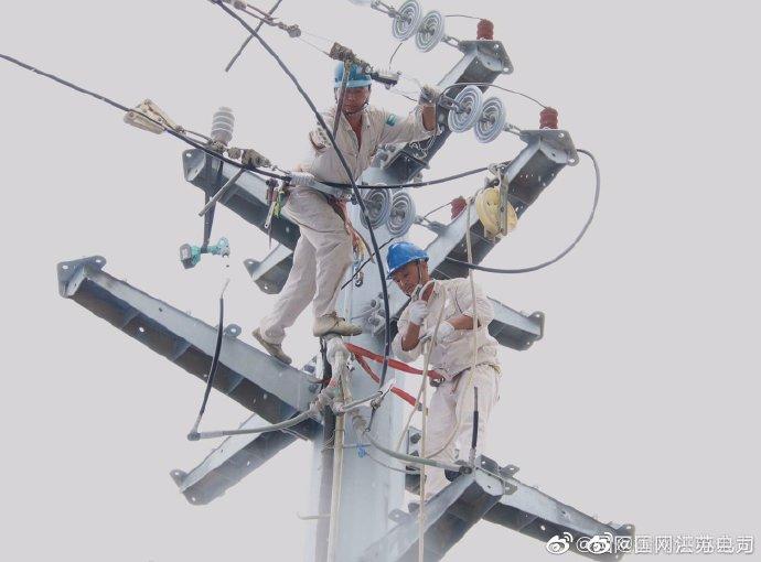 线路改造强电网 保障供电为民生