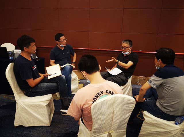 深圳市机荷高速立体改扩建工程项目初步设计顺利通过市交通运输组组织的专家咨询会
