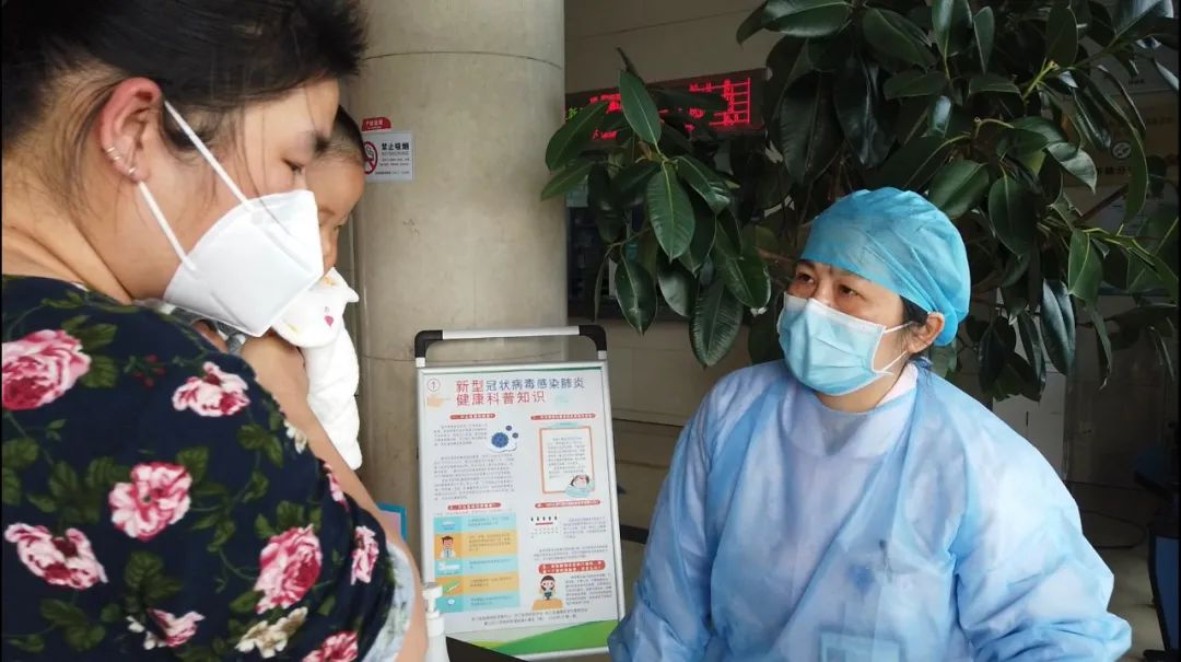 杭州市「 最美护士」 周小华:28 年,在岗位上书写「 最美」