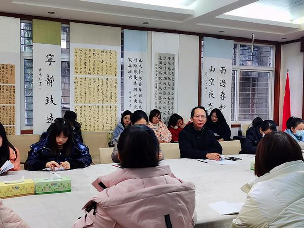 湖北荆门市实验小学举行青年教师座谈会暨2021青蓝工程启动会
