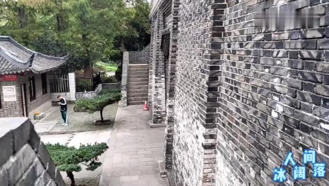 """上海松江二中的大门不简单,号称""""云间第一楼"""",还和三国有关!"""