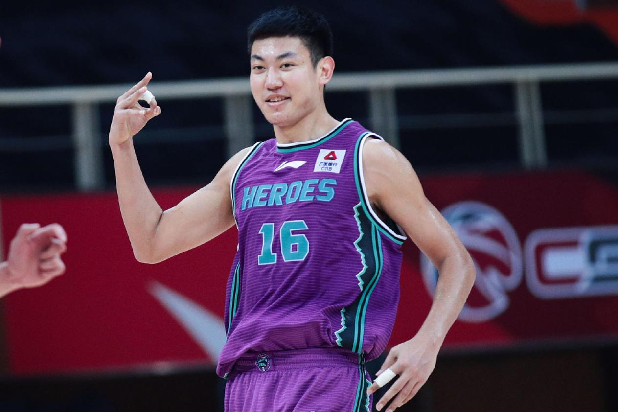 9场比赛命中11球,季后赛在即,山东男篮锋线大将亟需找回自信