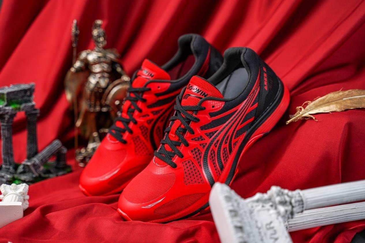 跑步鞋哪个品牌好 老牌国货助力马拉松跑者