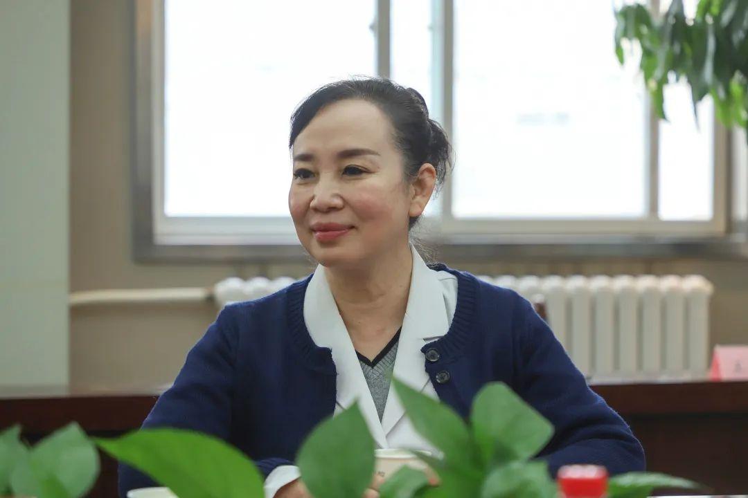 西安高新医院 2020 年新闻通讯员表彰暨媒体座谈会顺利召开