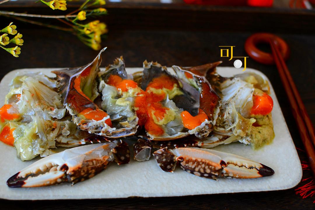 宁波人年夜饭必备的咸呛蟹,好吃,但你知道怎么切才好看吗?