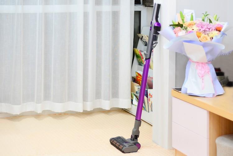 吉米小轻杆吸尘器轻松清洁随处可放,让除尘一步到位开启轻生活时代