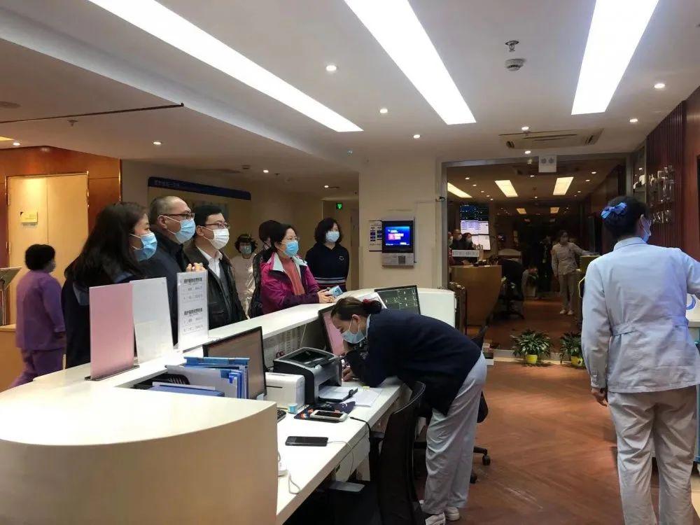 上海健康医学院莅临上海永慈康复医院,深化院校合作