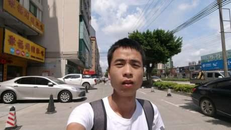 挑战坐公交从广州到上海的第四天,坐公交突然拉肚子,我太难了