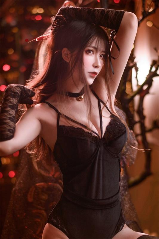 ⭐cos套图⭐Sakiiii翎柒-性感美女@10w粉丝黑色马甲插图1