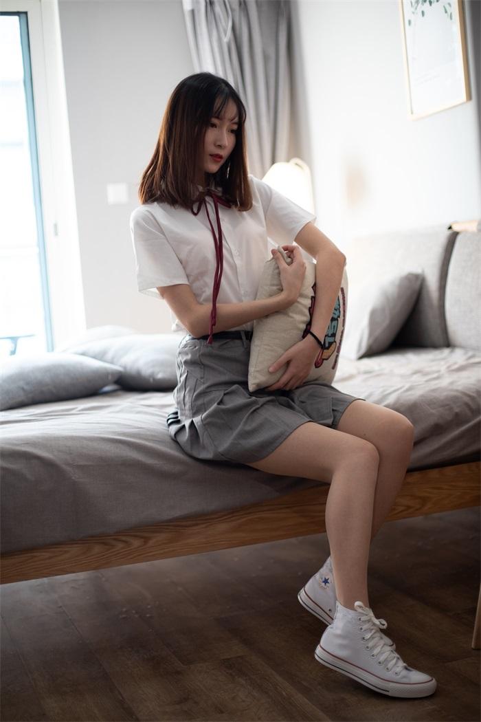⭐名站写真⭐物恋传媒-NO.088jk制服与船袜帆布鞋[212P/1V/2.40GB]插图(1)