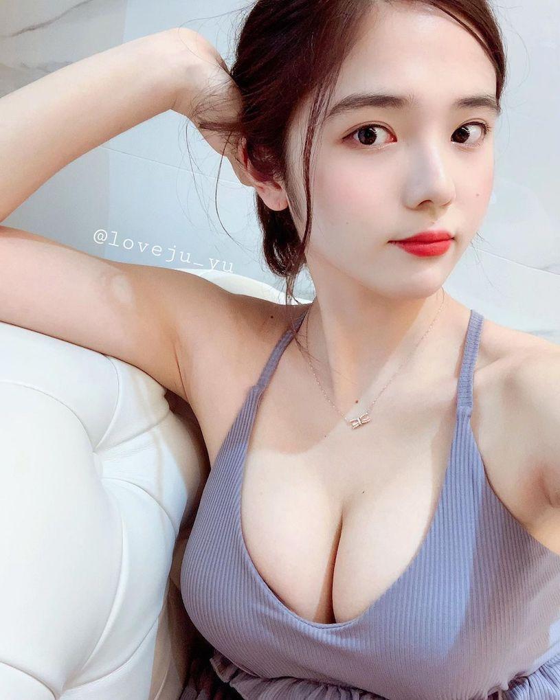 韩国纯情妹子@ 유 주性感图片,蓝色内衣爆乳画面很震撼 文章 第3张