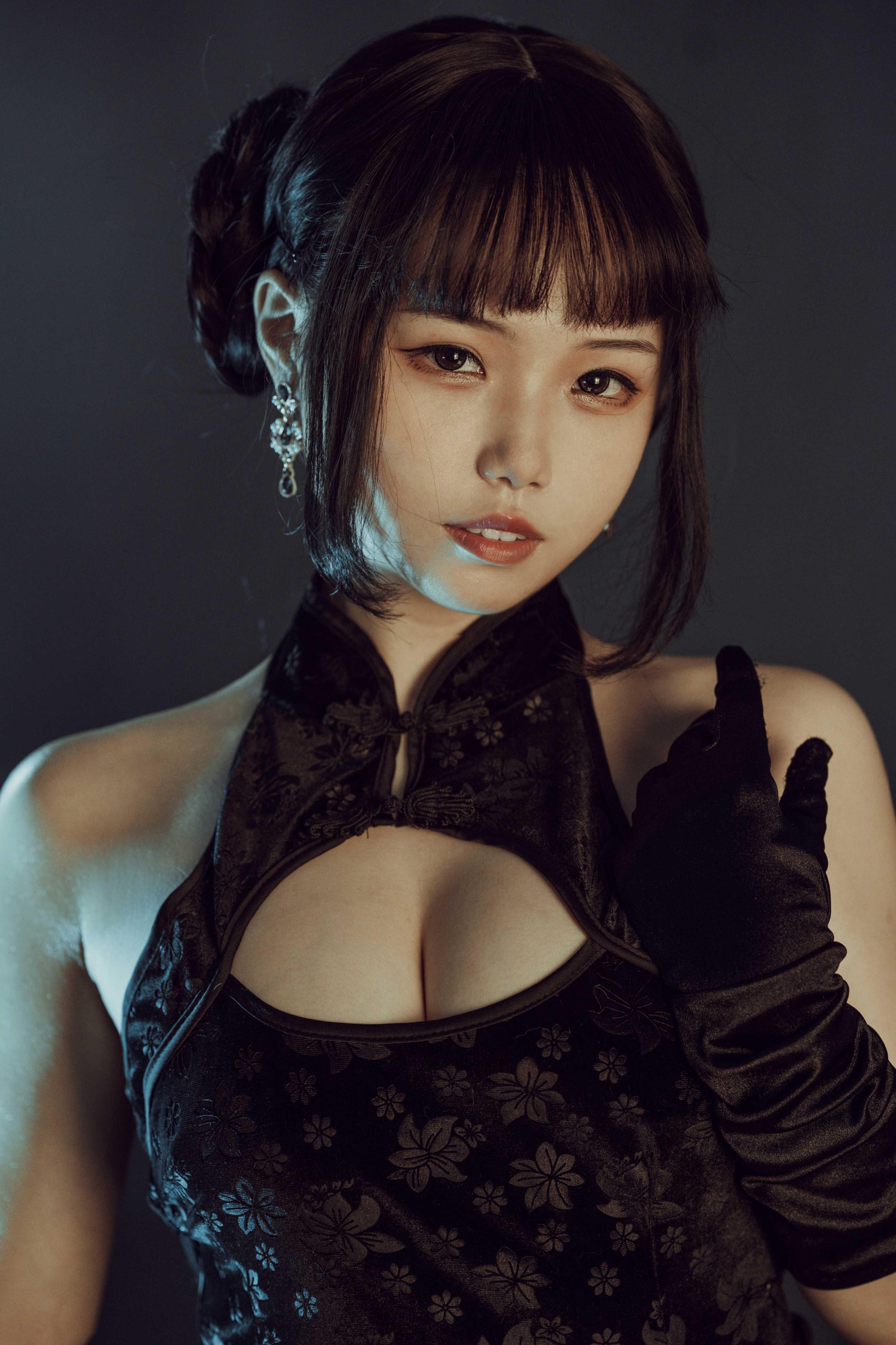 ⭐cos套图⭐七月喵子@coser图片-黑旗袍32p插图2
