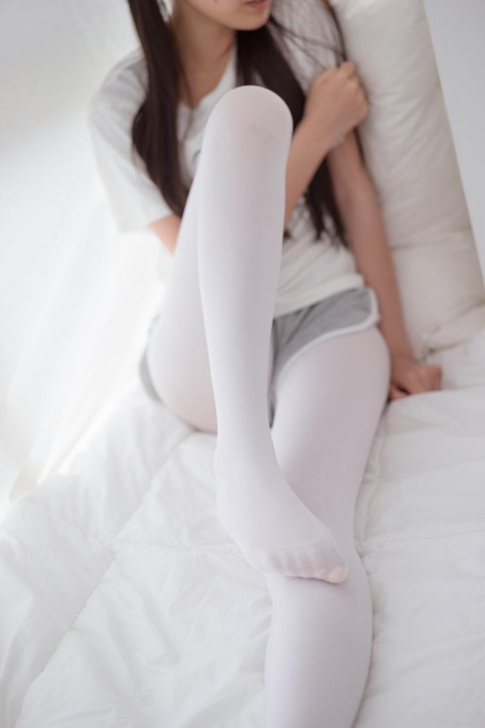 ⭐丝模写真⭐喵写真-Vol.011少女的白丝袜[90P/399MB]插图1