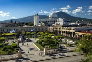 萨尔瓦多共和国购买了 200 个比特币 即将将其作为法定货币