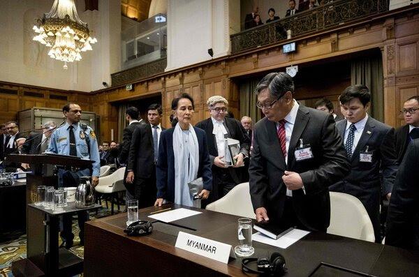 2019年12月,昂山素季在联合国国际法庭上为缅甸军人种族灭绝和其他罪行的指控辩护。