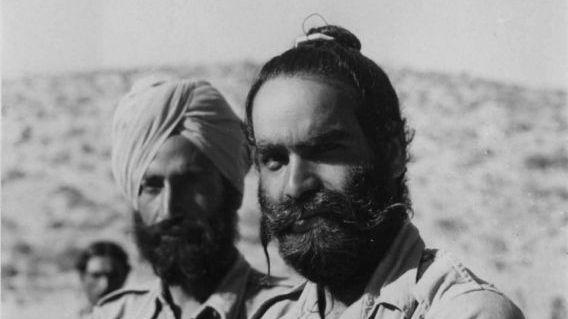 一组二战老照片:在埃及被俘的印度士兵,苏军使用缴获的武器