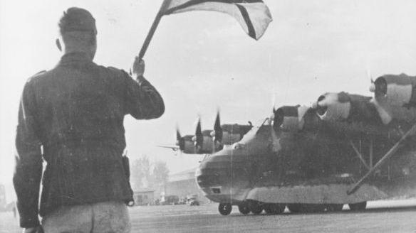 飞翔的巨人,二战老照片中的德国巨人运输机