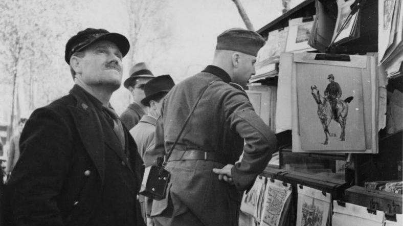奇怪的和睦景象,二战老照片中的驻法德军士兵