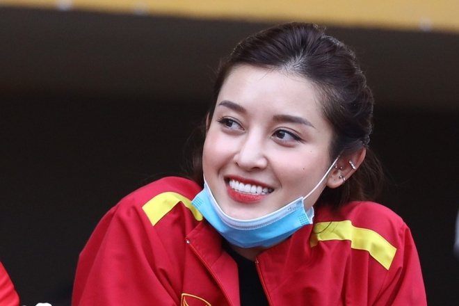 无视国足!越南第1名模:日本沙特澳洲才是对手,踢中国队拿4分
