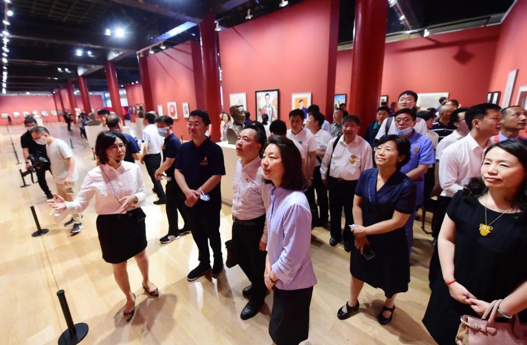 凝心聚力跟党走——首都职工庆祝建党100周年综合展在太庙艺术馆开幕