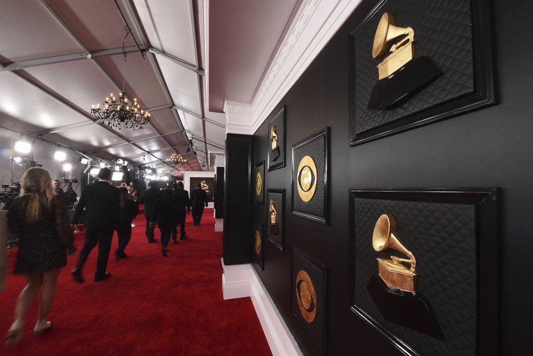 加州疫情持续升温 格莱美颁奖典礼延到3月