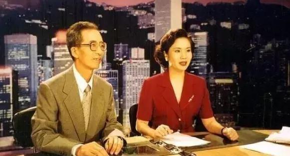 从长沙走进的这位央视主播宣告卸任,她带来湖南人的回想,你还忘记吗?