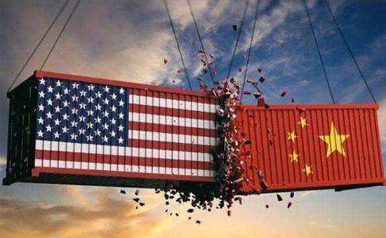 反转!美国免除中国30多种商品关税,是为何?预测美国经济萎缩8%