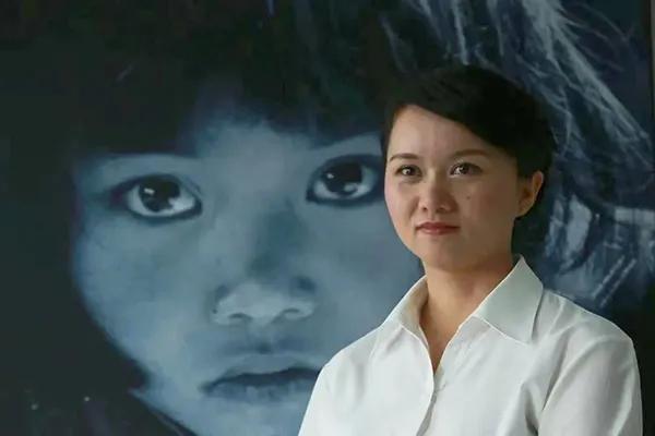 """30年前,她因为一双""""大眼睛""""而震撼全国,现在怎么样了?"""