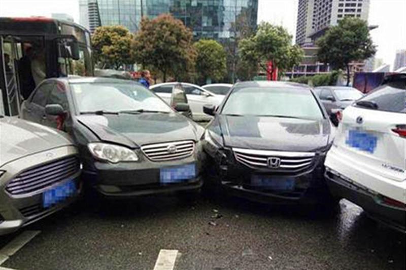 遇以下5种特殊情况,买了车险也拿不到赔偿,保险公司一分不赔!