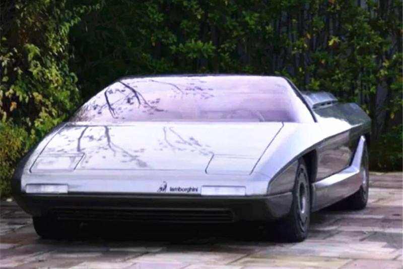 小伙20万元买50年前的兰博基尼,看到车头设计,网友:赚了!