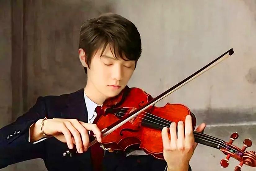 揭秘华春莹如何回应羽生结弦粉丝拜托?花滑王子拉小提琴照片曝光