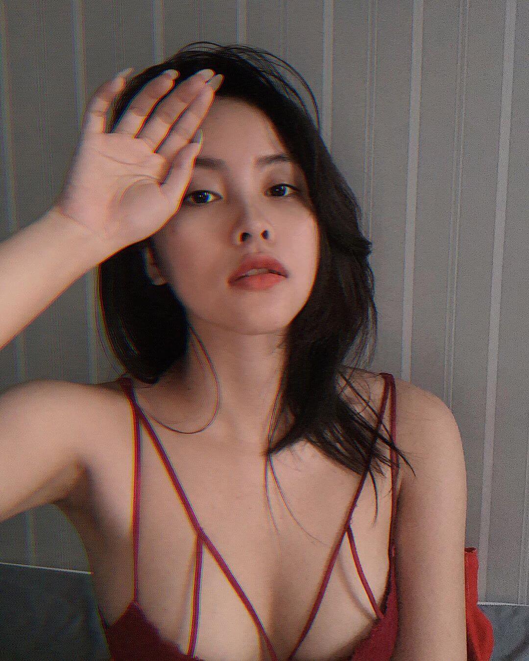 20岁越南妹子美胸丰臀好招摇,自拍美照吸睛度高超!-第3张
