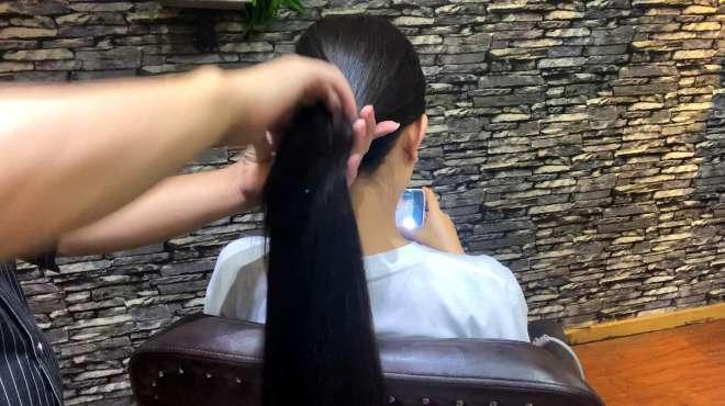 披头散发多土气,分分钟教你学会扎发型,头发少的扎更好看