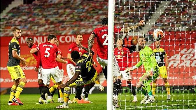 英超-96分钟遭绝平 马夏尔拉什福德进球 曼联2-2南安普敦错失前四