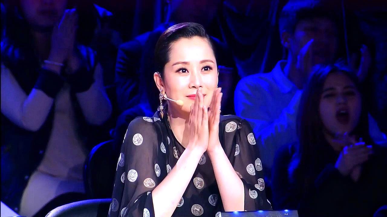 中国好舞蹈:观众席上失明的壮壮,上台表演精彩街舞,引海清鼓掌
