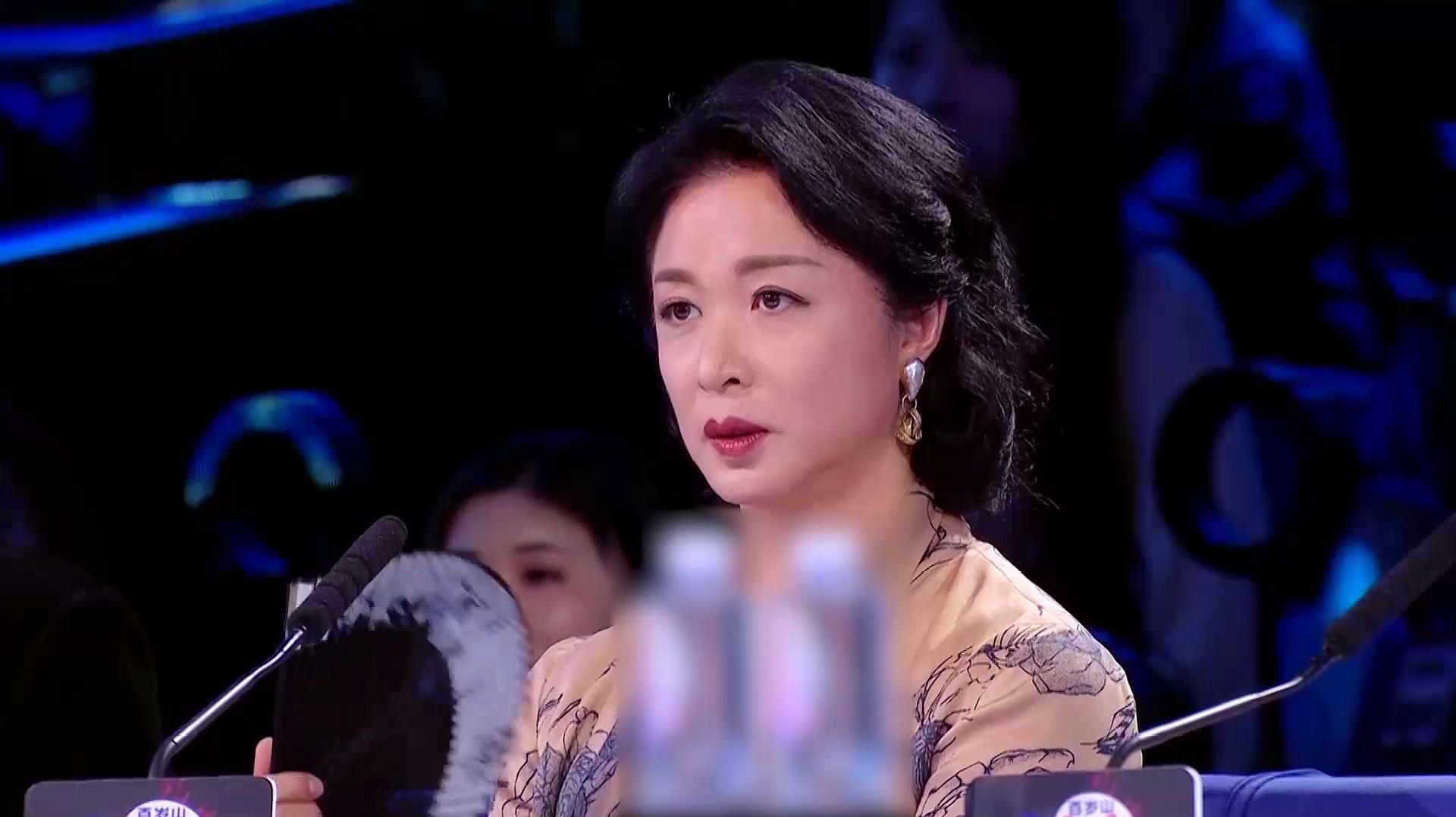 舞者:高颜值学霸演绎《鬓边不是海棠红》惊艳全场,获佟丽娅盛赞