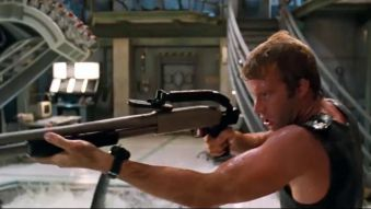 深海狂鲨:博士放生实验鲨,小伙怒了:你脑子疯了