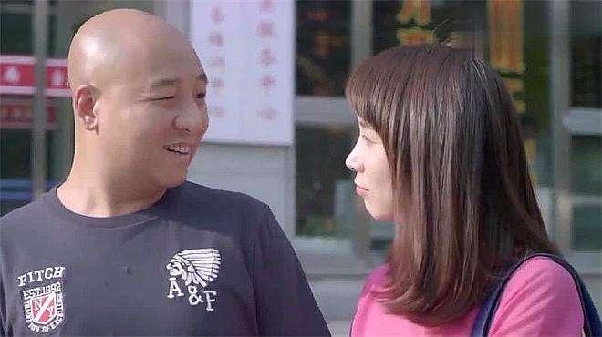 还是夫妻:王珂终于把离婚证给办了,情敌笑的跟花一样,顿时心酸