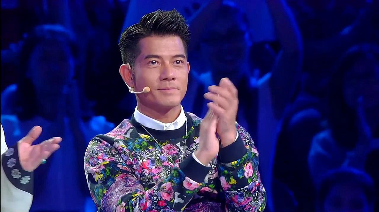 中国好舞蹈:金星团队学员龚雪,即兴表演精彩街舞,引郭富城鼓掌