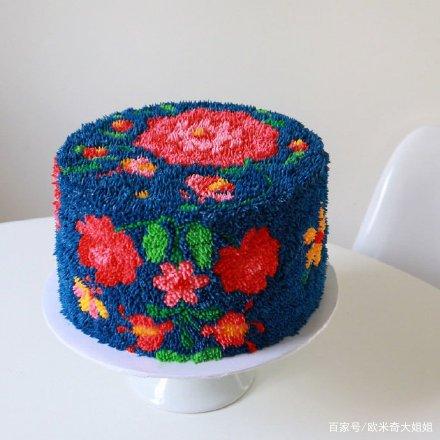 美食艺术家 Alana Jones-Mann 对蛋糕的创作