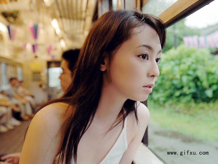 秋山莉奈写真作品5.jpg