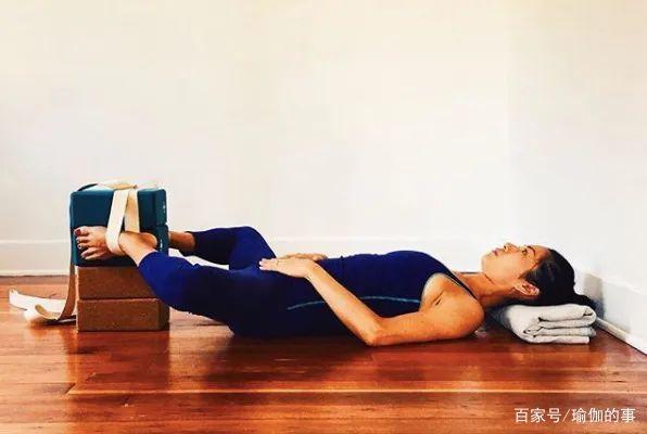 瑜伽私教最喜欢的12个修复动作,练完真的超级舒服!