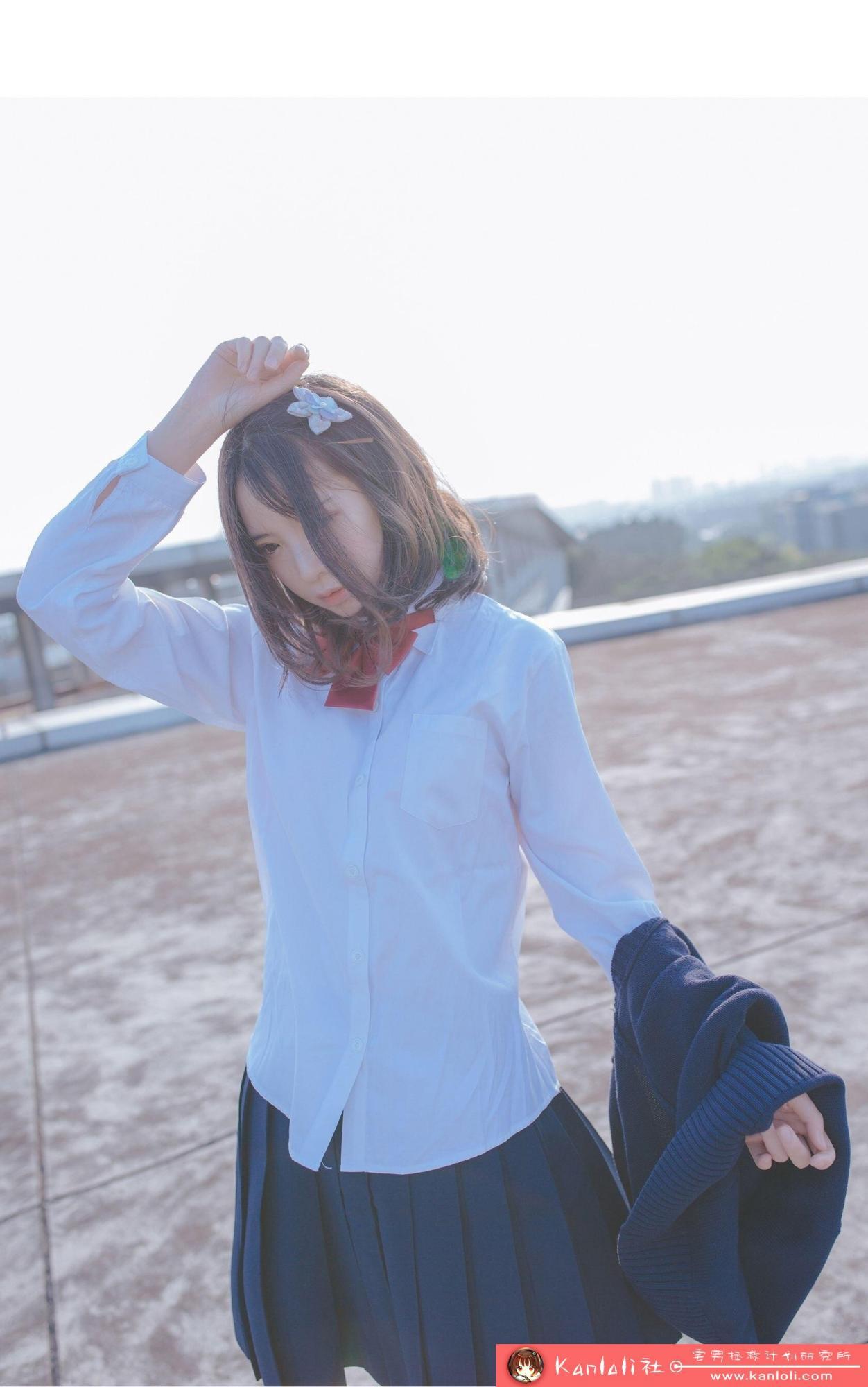 【疯猫ss】疯猫ss写真-FM-018 阳台上的燥热少女 [19P]